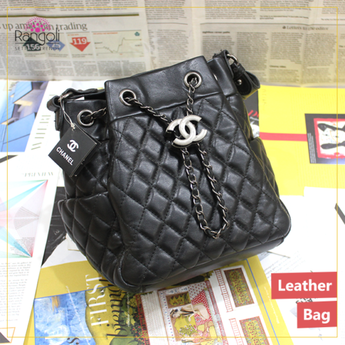 Leather Side purse Black chanel
